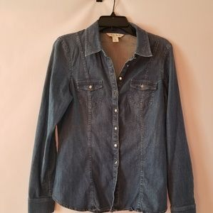 White house black market blue denim shirt size 6